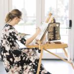 Watercolor artist painting at wedding