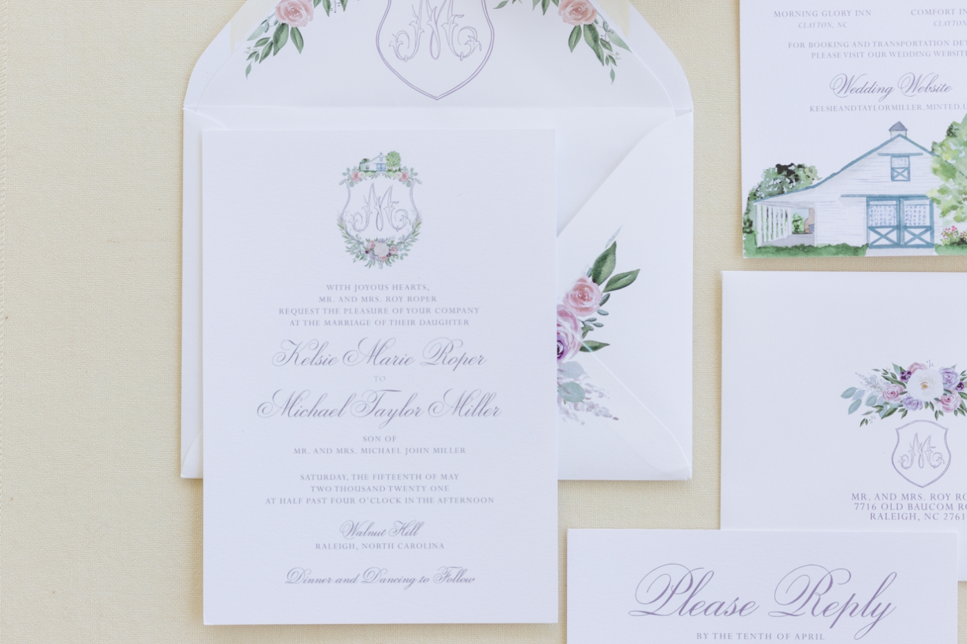How to add your wedding flowers to your invitations
